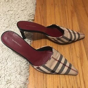 Burberry plaid pointed mules - vintage